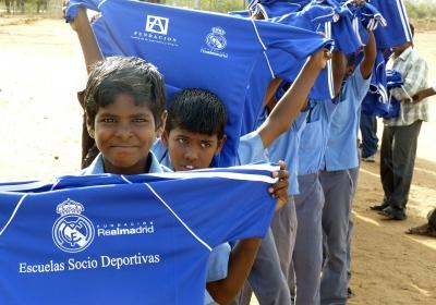 Escuelas Socio-Deportivas Real Madrid. St.Thomas y St.Patrick