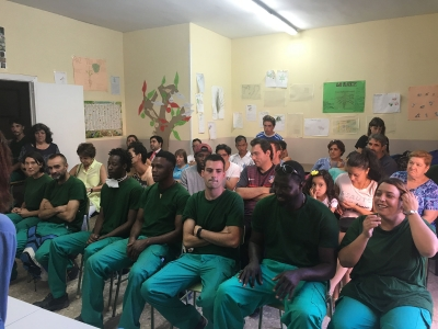Alumnos IV Promoción Mantenimiento Jardines - Fundación Esperanza y Alegría